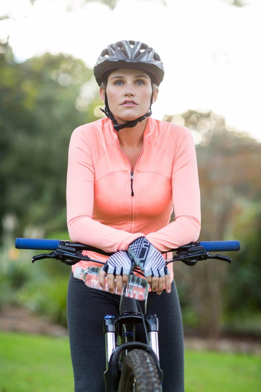 equipamentos e roupas para ciclismo amador: luvas